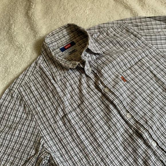 Retro Levi's plaid shirt
